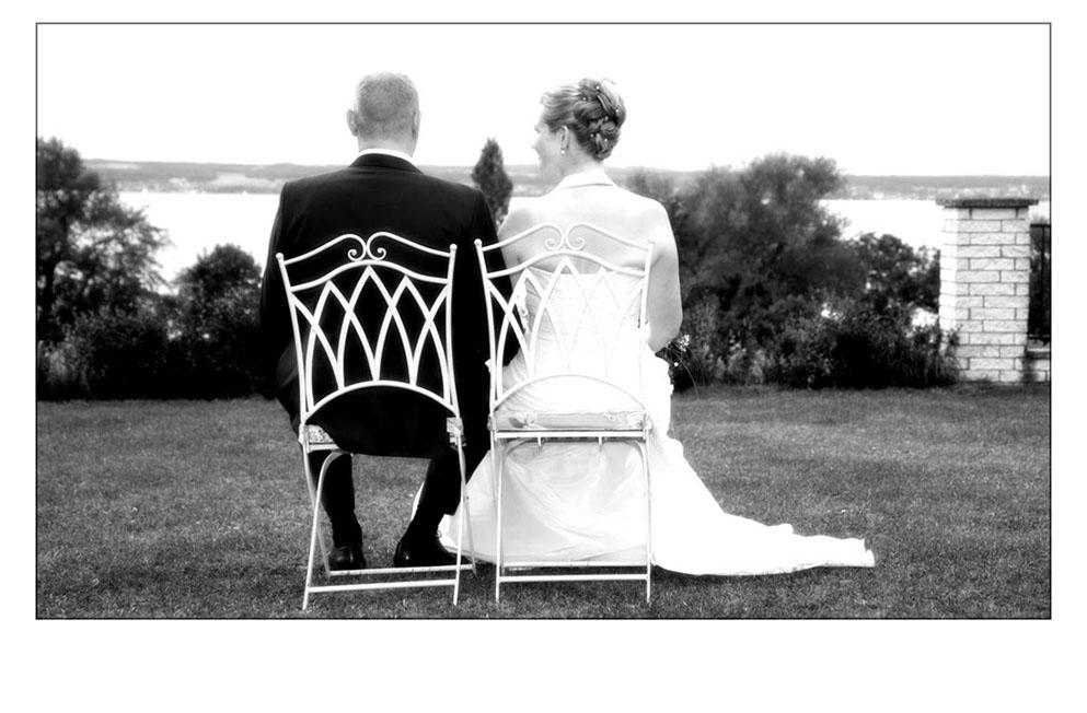 Brautpaar mit Blick auf den Bodensee